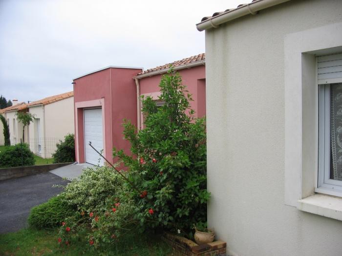 Maison R : Rue 2