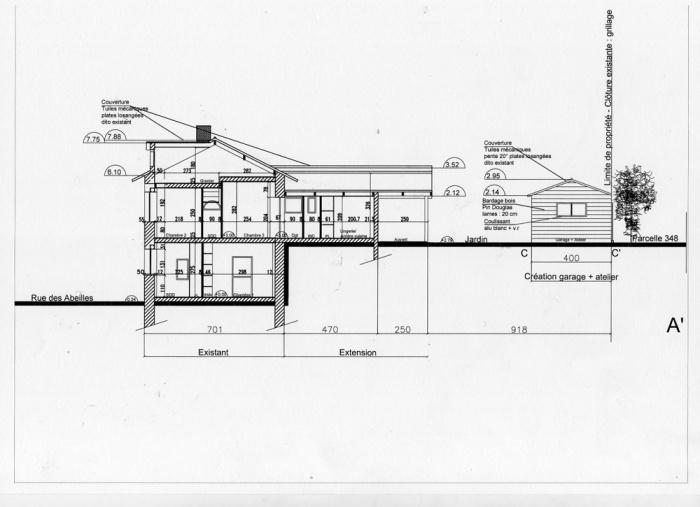 Rénovation, extension d'une maison et construction d'un garage ( projet en cours ) : Coupe 1 f.png