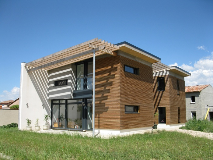 Maison bioclimatique t.h.p.e.