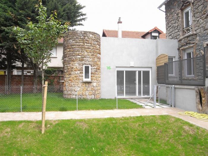 19 logements : R1027486.JPG