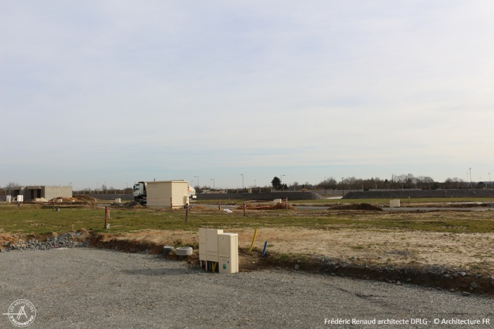 Construction d'une maison contemporaine : terrain